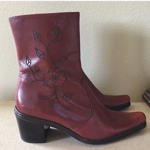 GIANNI BINI WESTERN STYLE ANKLE BOOTS SIZE 7.5